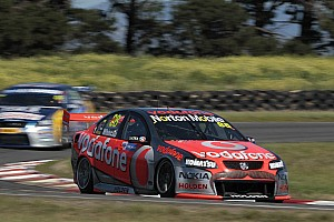 Supercars Whincup earns Falken Tasmania Challenge race 1 victory