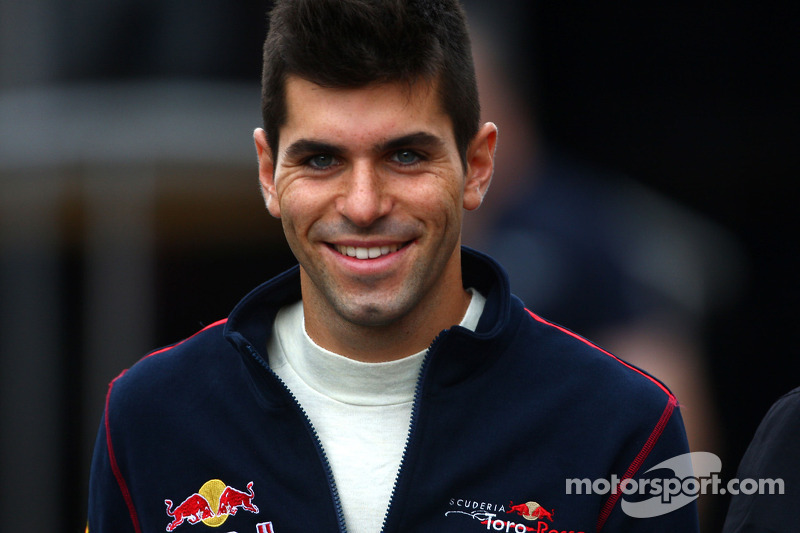 Axed Alguersuari expects 'good news soon'