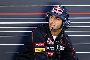 Formula 1 Ricciardo earning less than $500k in 2012