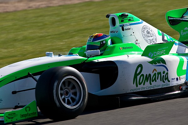 F2 Marinescu secures pole for second Silverstone race