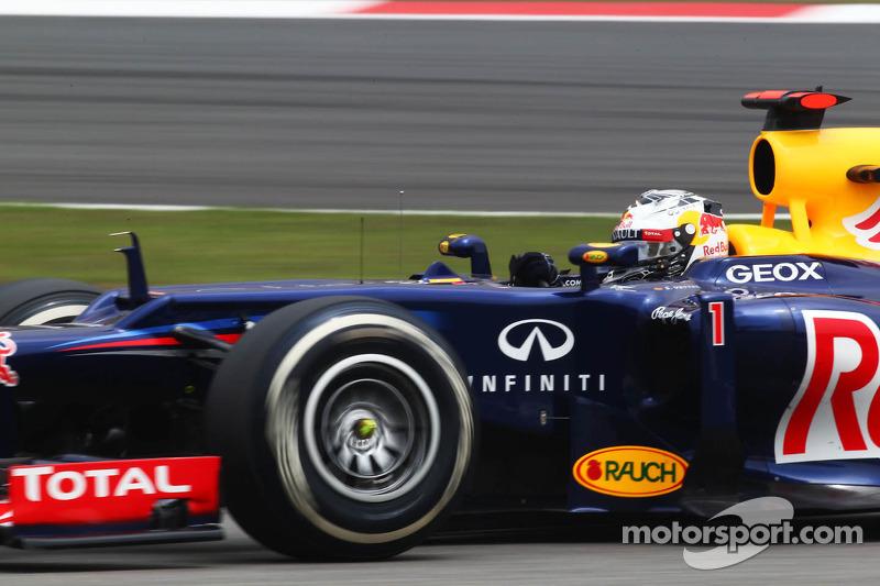 Vettel wins, but Raikkonen and Lotus emerge as the heroes of the Bahrain GP