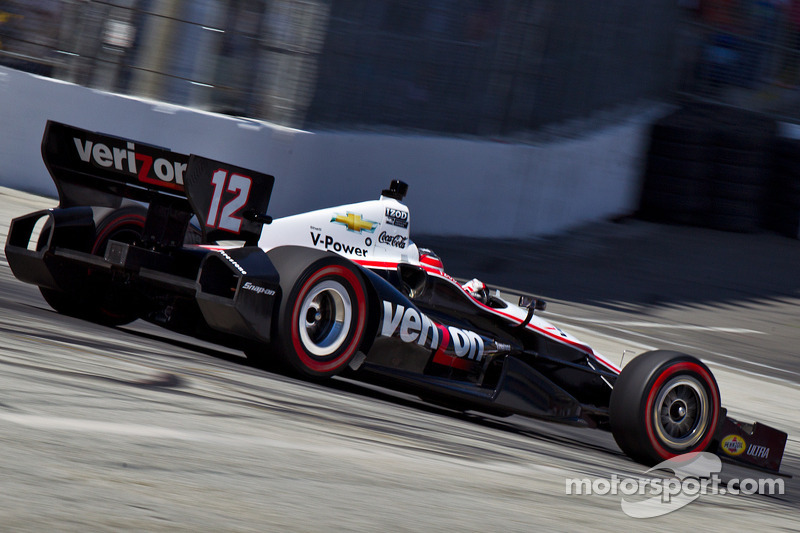 Power speeds over Sao Paulo street course to snag another pole