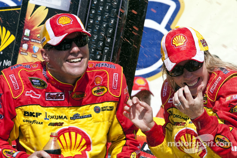 Kevin and Delana Harvick welcome baby boy