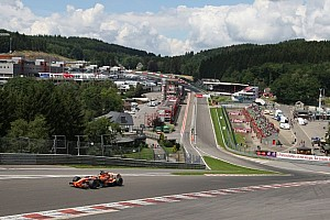 Formula 1 Special feature Speed Comparison: GT vs. F1 through Eau Rouge - Video