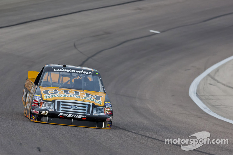 Jason White seeking another up front run at Chicagoland