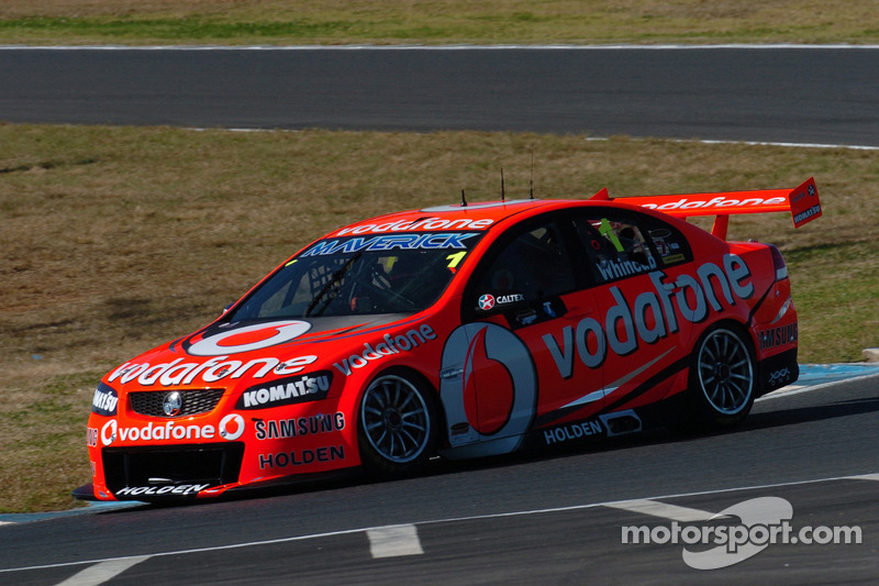 Triple Eight celebrates eight wins in a row at Sydney Motorsport Park