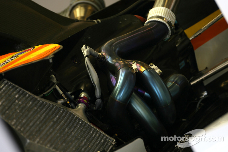Red Bull happy with 2011 Renault alternator