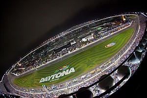 NASCAR Cup Breaking news  NASCAR renews early with FOX Sports