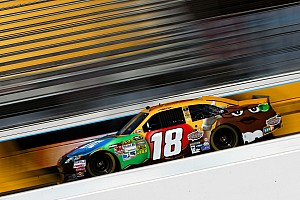 NASCAR Cup Qualifying report Kyle Busch top Toyota driver, takes pole for Phoenix 500