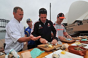Supercars Preview Sydney closes out 2012 season marking the end of Red versus Blue
