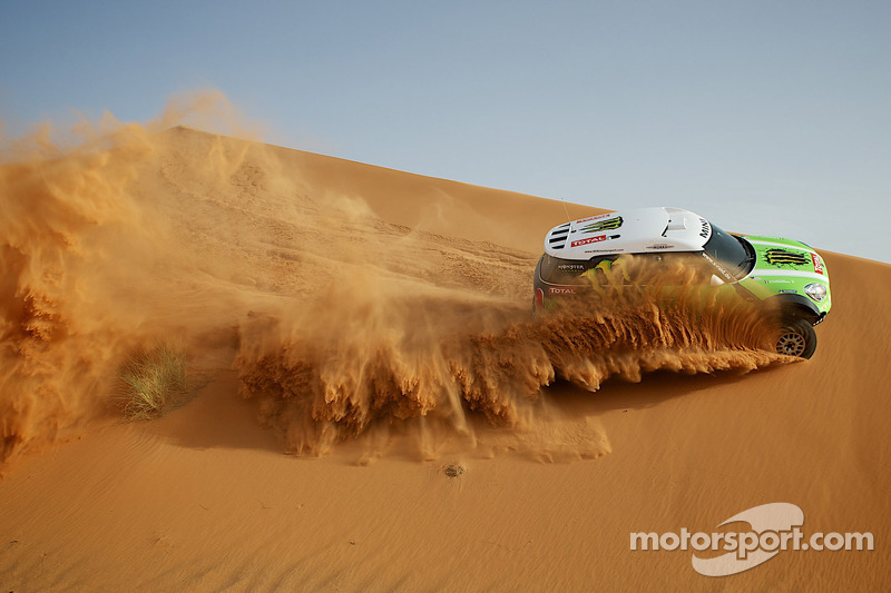 X-raid with seven race vehicles for the 2013 event - video