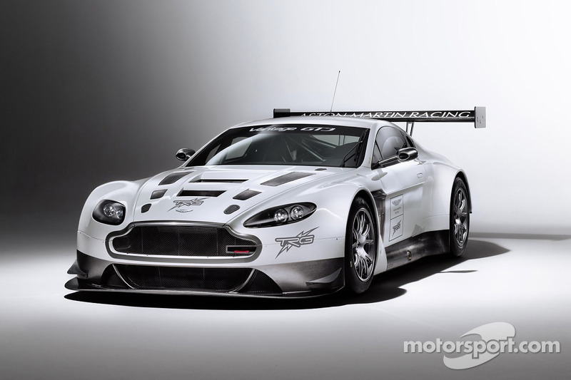 TRG-AMR SCC Vantage GT4 turns first laps in Daytona
