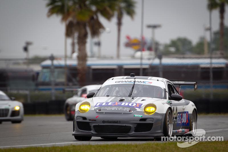 18 Porsche GT entries invade Rolex 24 test days at Daytona