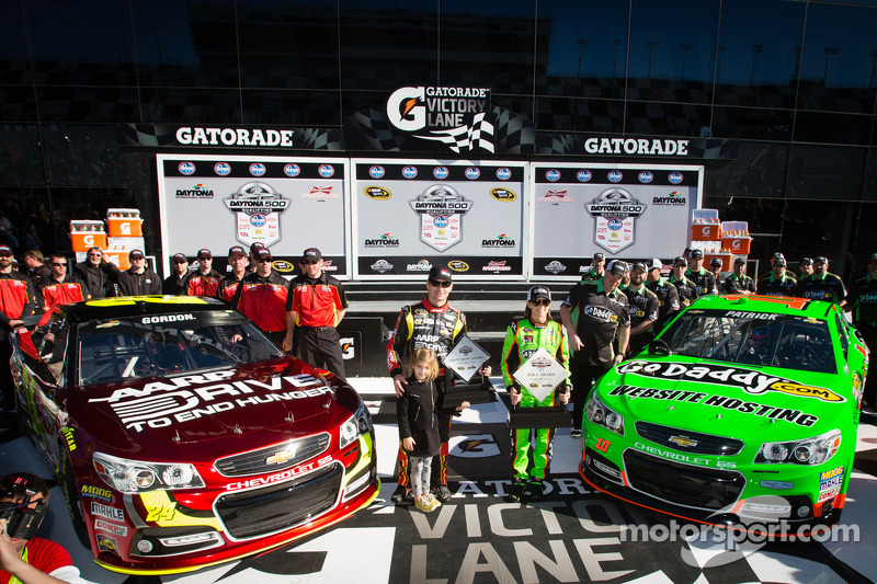 Patrick and Gordon make it an all Chevrolet front row for Daytona 500