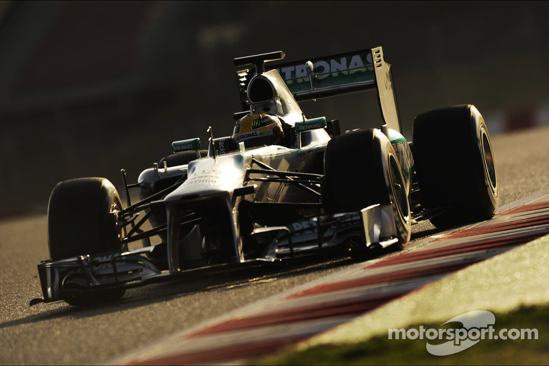 New Mercedes 'definitely' a winner - Hamilton