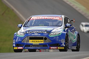 BTCC Race report Airwaves Racing endure tough season opener at Brands Hatch