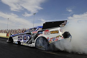 NHRA Qualifying report JFR Funny Cars impress on Friday qualifying at SpringNationals in Baytown