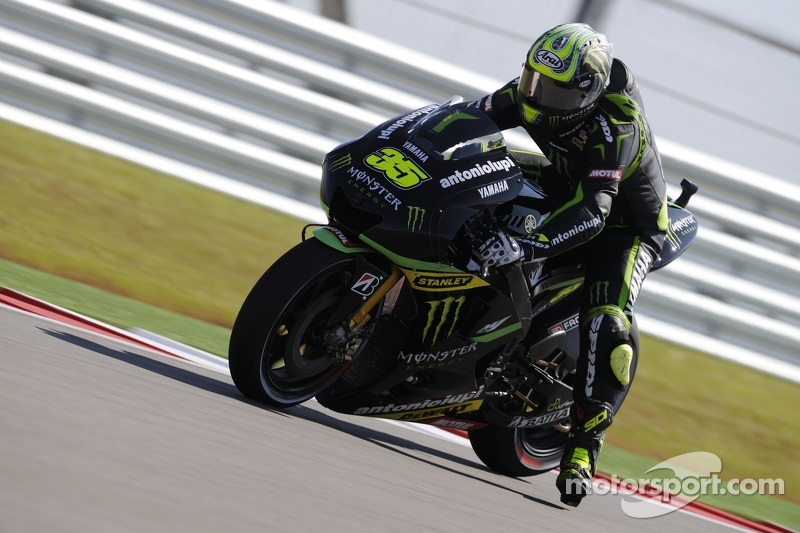 Crutchlow dazzles in Spanish sunshine