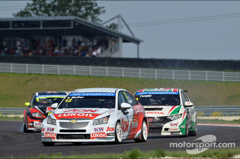 Elated Muller storms to into pole position