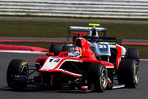 GP3 Race report Ellinas edges Niederhauser for race 1 victory in Barcelona