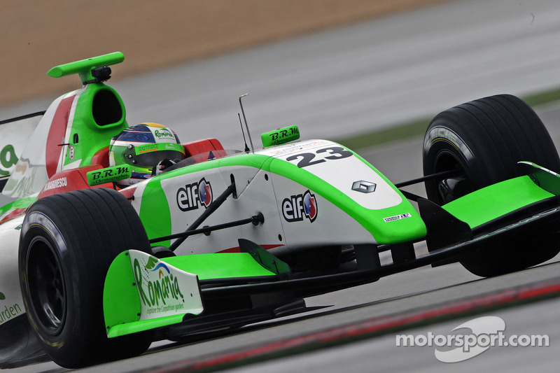 Red flags in qualifying hamper Zeta Corse's in Moscow