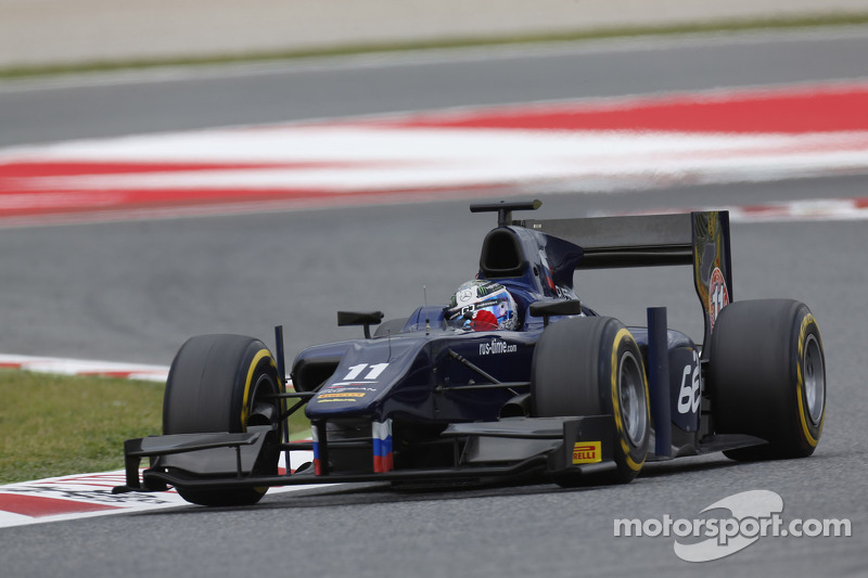 Bird storms to victory in home Feature Race at Silverstone