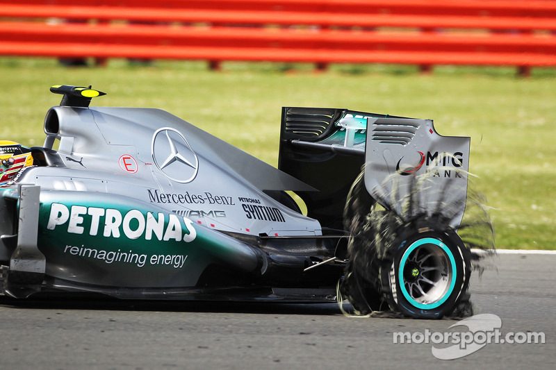 FIA moves further to end tyre-exploding chaos