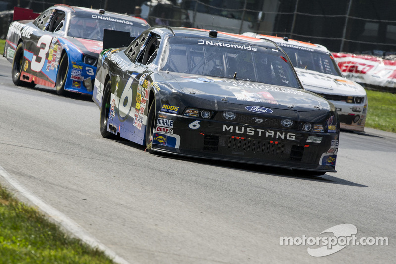 Bayne battles back to secure top-10 finish at Mid-Ohio