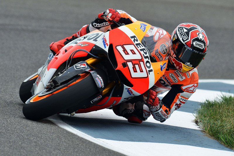 Marquez outfoxes rivals to take his fifth win of season in Brno