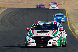 WTCC Race report Monteiro shines on the US podium at Sonoma