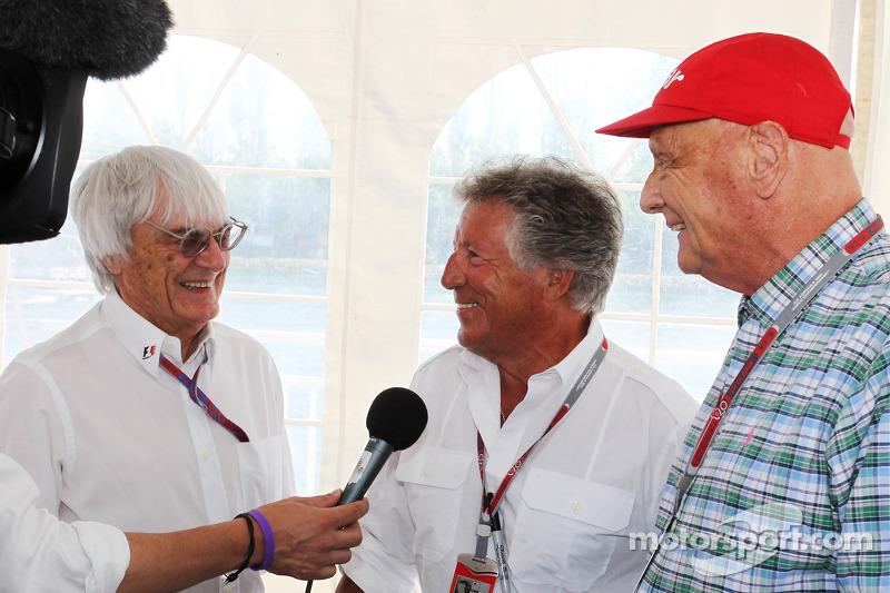 Michael Andretti eyes Formula One 'customer cars' - father