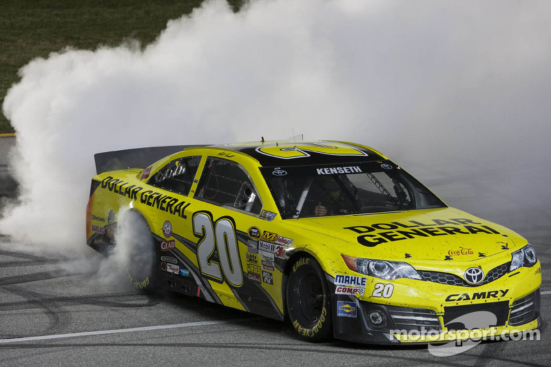 Cool-Down Lap: Addition of Matt Kenseth has formed critical mass at Joe Gibbs Racing