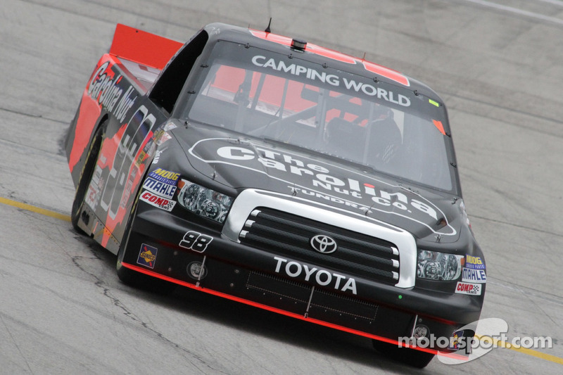 Sauter out in front of last-lap wreck for Talladega win