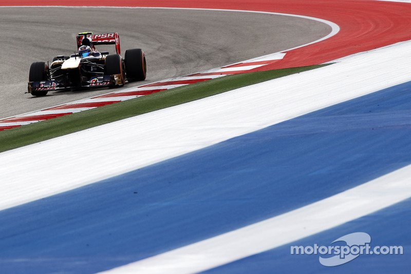 Toro Rosso lose a point in the final lap on US GP