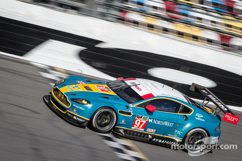 Premiere at the 24h of Daytona for Stefan Mücke
