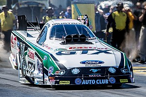 NHRA Qualifying report John Force flies to Nat'l ET recoed on Pomona Friday