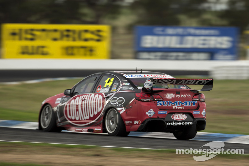 Fabian Coulthard's podium chances ruined by penalty at Winton 400