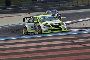WTCC Practice report Practice 1: Valente right behind Loeb