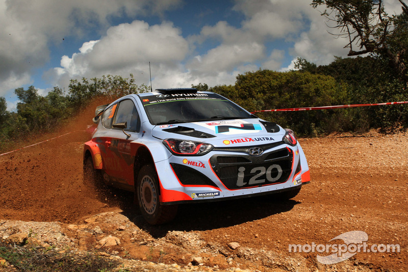 Hyundai prepares for new challenge at Rally Argentina