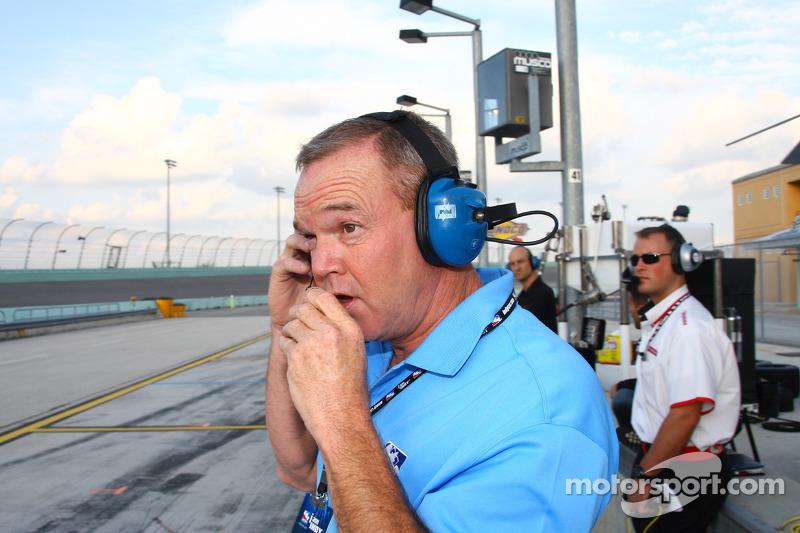 Al Unser, Jr. takes the Indy Charity Legends Pro-Am race
