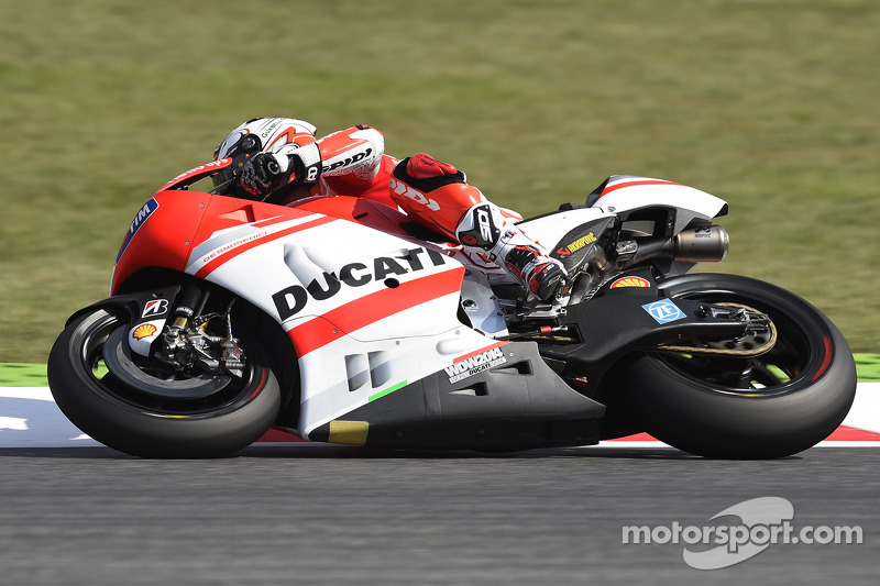 Difficult day 1 for Ducati Team riders in Catalunya GP free practice
