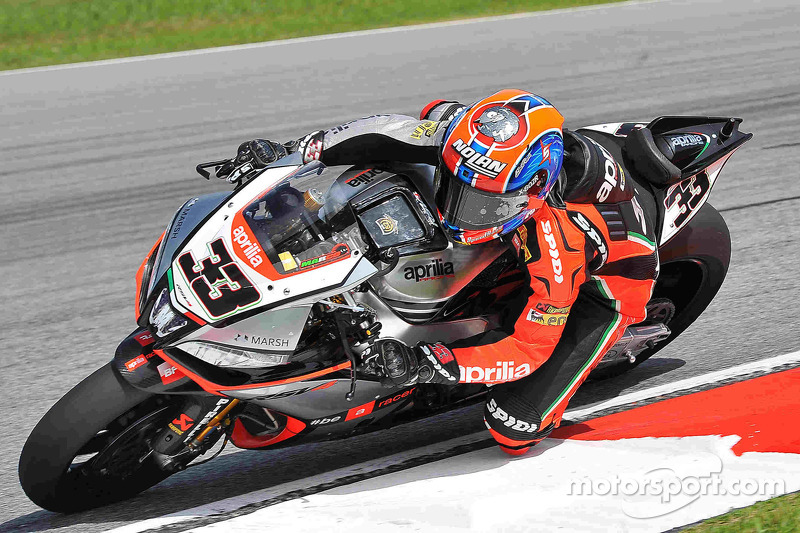 Melandri edges Sykes and Rea in opening day at Portimão