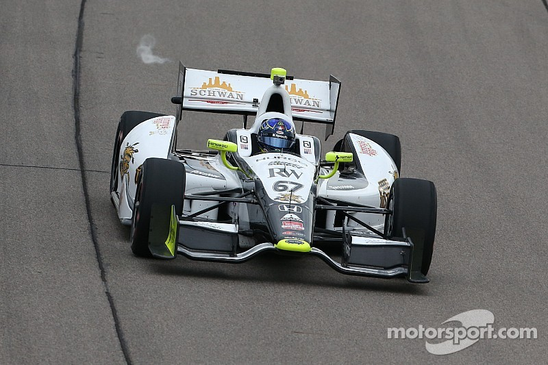 Breakthrough night for Newgarden in Iowa
