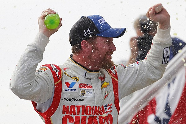 Dale Earnhardt Jr, accepts the ALS Ice Bucket Challenge