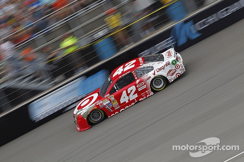 NASCAR notebook: Forgettable day for Kyle Larson