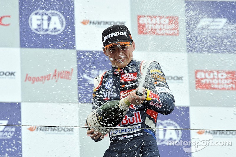 Verstappen not too young for 2015 debut - Lammers