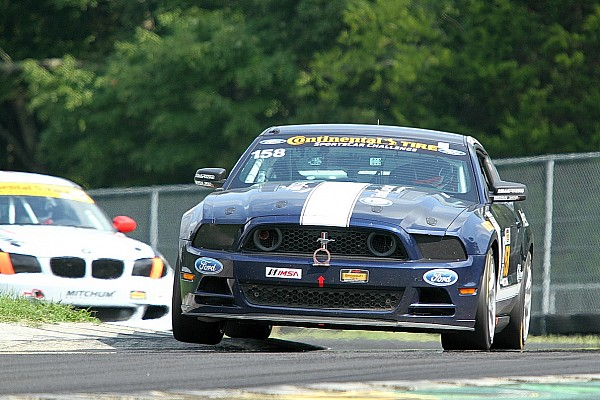 Billy Johnson and Ian James win CTSCC challenge thriller in Ford Mustang