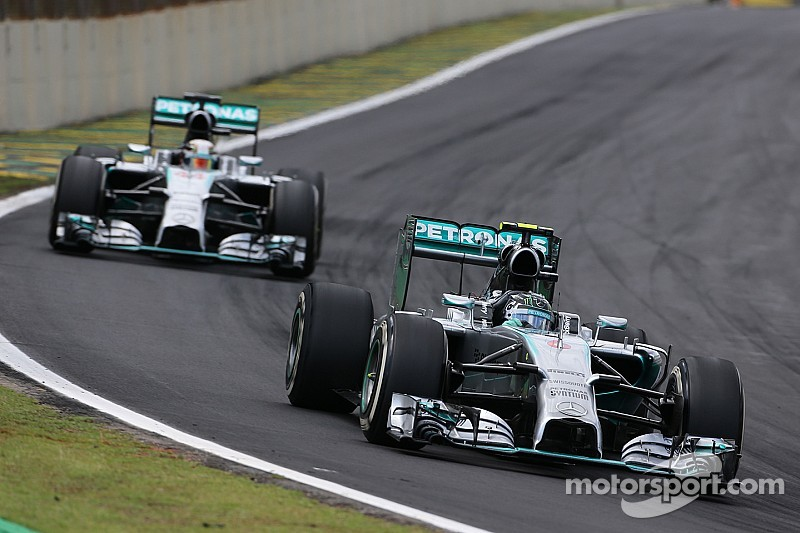 Hamilton still has the upper hand as Rosberg does all he can in Brazil