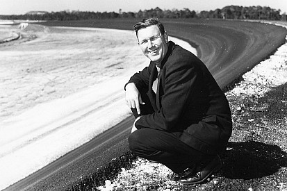 """New biography tackles the tale of NASCAR founder """"Big Bill"""" France"""