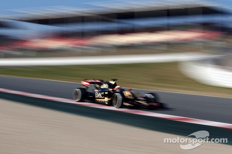 Lotus' Jolyon Palmer does 77 laps at the Circuit de Barcelona-Catalunya